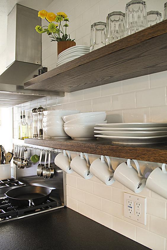 como organizar muebles de cocina (5) | decoración | Estantes para ...