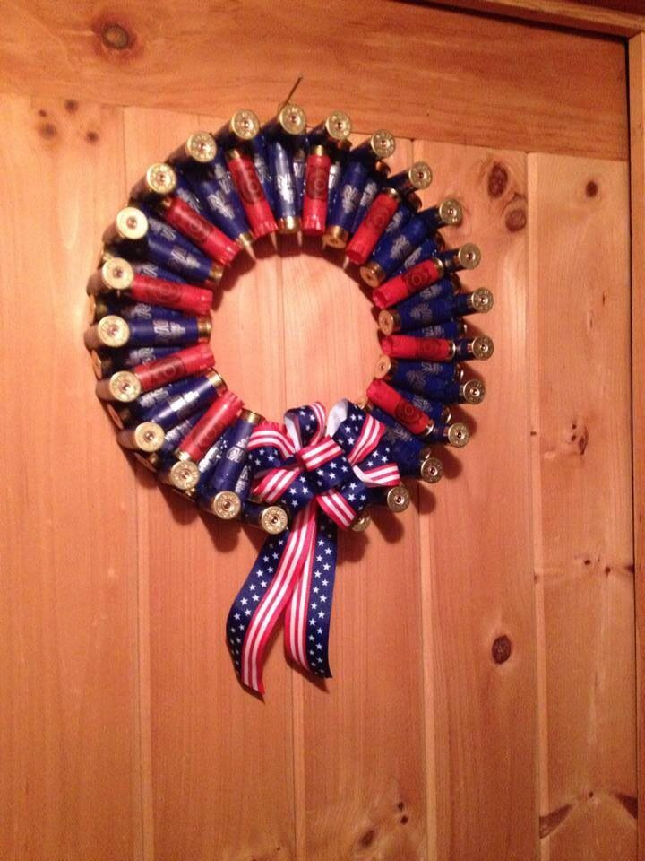 Red and blue 12 ga shotgun shell wreath - great gift for that proud American hunter! www.facebook.com/buckshot-beauty