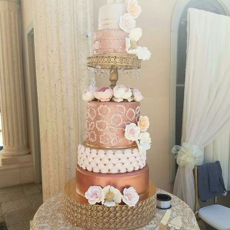 Wedding cake, gold, rose gold and sugar flowers. #sugarcrumbs14