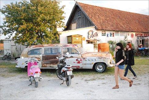 Crêperie Tati på Kutens Bensin   Gotland.net