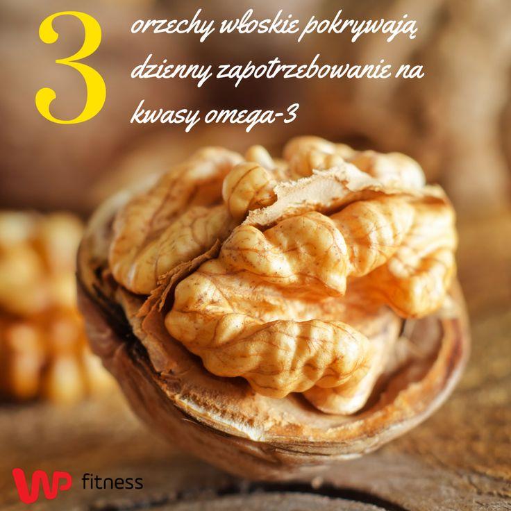 Orzechy są świetnym źródłem magnezu i kwasów omega 3 dlatego warto wprowadzić je do swojej diety.  #nuts #food #snacks #healthy #healthysnack #healthyfood #fit #fitness #diet #orzechy #jedzenie #zdroweprzekąski #przekąski #zdroweprzekąski #dieta
