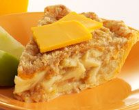 streusel topped apple pie... with cheddar cheese in the crust!