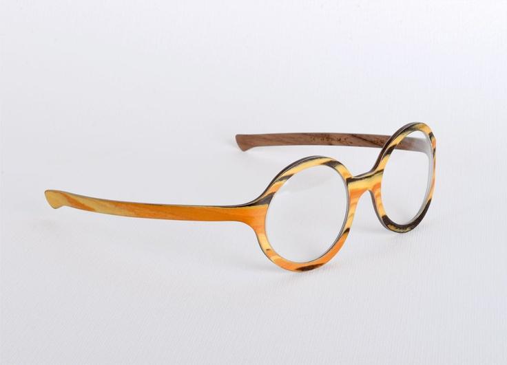 W-eye_mod 502  - Design: Cristina Cher  - Wood: Namib