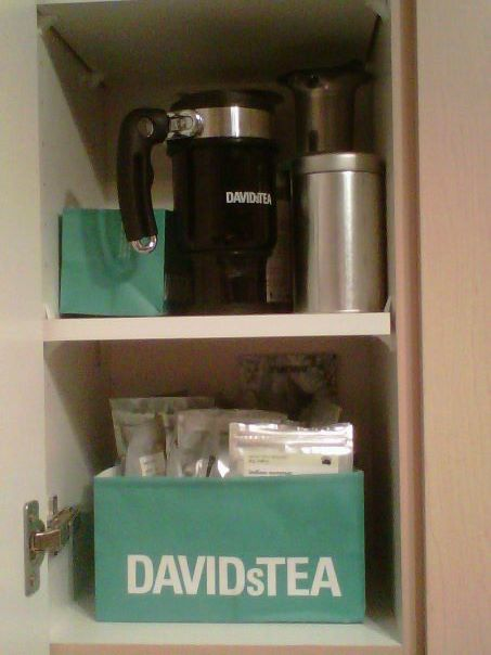 For all you David Tea lovers out there, cut the bottom of the bag to organize all of your teas!