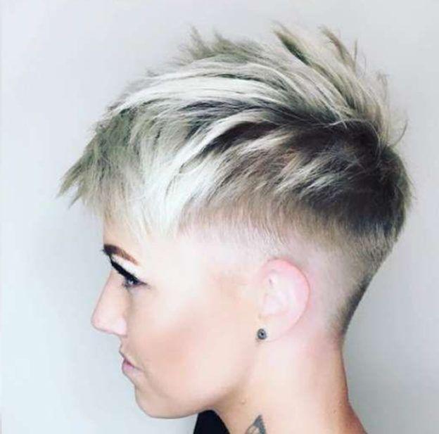 Jessie Schrimpf Kurzhaarfrisuren Zizi Bilder Kurzes Haar Hair