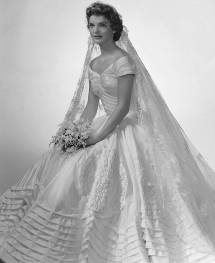jacqueline kennedy wedding dress 1
