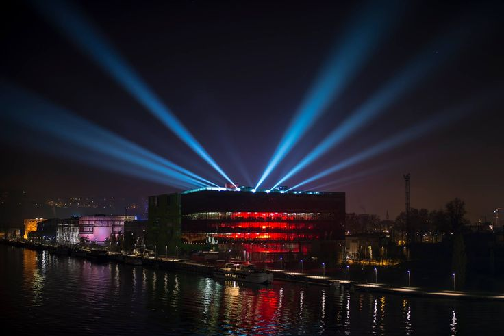 GL events Head office in Lyon France at night