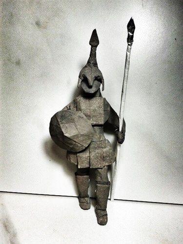 Espartano - Sergio Guarachi Dobrado por mim com papel sanduiche 40x40cm by کΔđяӨ ӨяgΔм (Aprendiz)