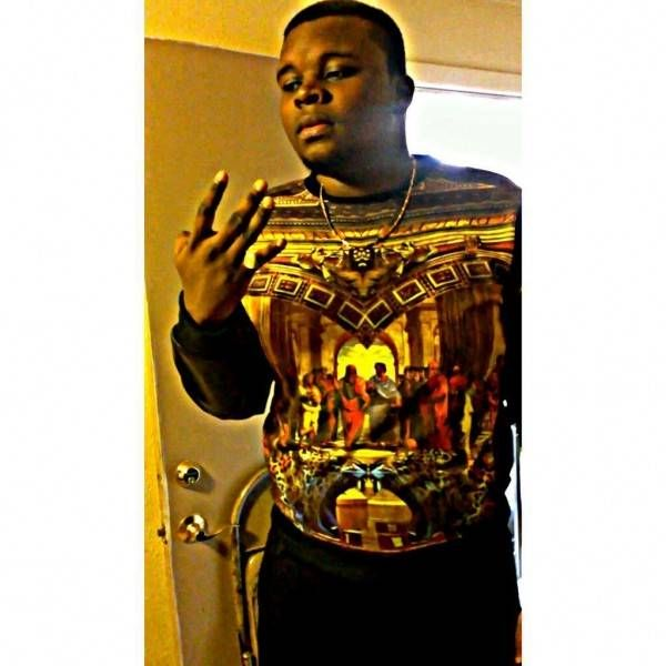 "#Ferguson BREAKING: Michael Brown Was a GANGSTER – Seen Flashing ""BLOODS"" Gang Signs. #DUH"