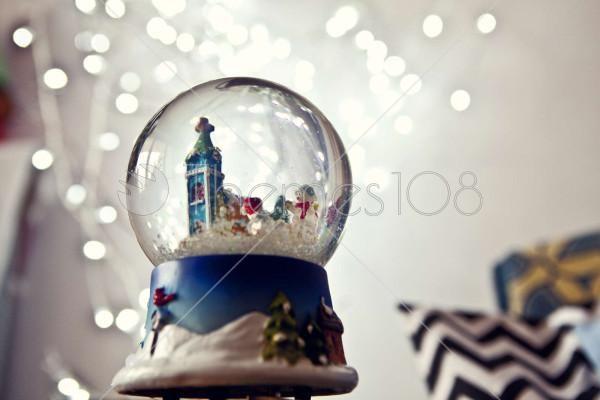 globe_with_snow