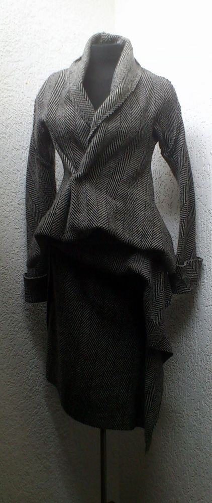 Yohji Yamamoto Women's Mainline grey tweed wool suit From the A/W 1997 collection.