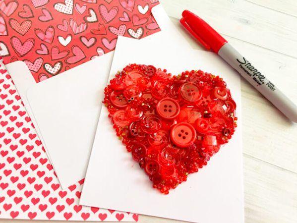 Zum Valentinstag Karten basteln geht leicht mit diesen DIY Bastelideen