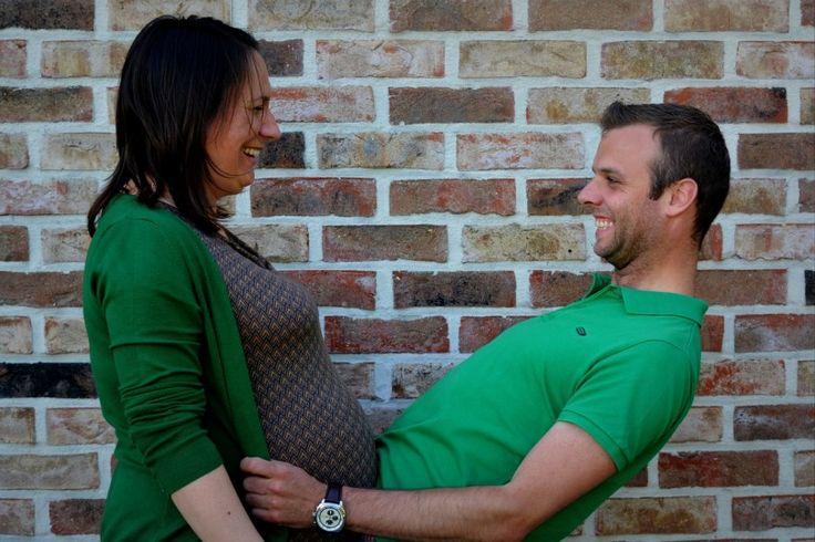 """Jak widać właściwe odżywianie ma kolosalne znaczenie – zarówno dla przyszłej mamy jak i jej maleństwa. Dlatego często prawidłowy jadłospis to duże zmartwienie dla kobiety w ciąży. Powinien być """"właściwy"""", a odżywianie """"prawidłowe""""."""