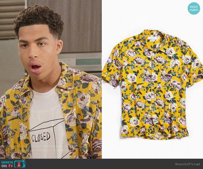 39468d3fb8 Junior s yellow rose print shirt on Black-ish