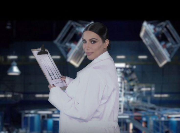 Matt Damon, Ellen DeGeneres and Kim Kardashian Star in The Martian Sequel Stuck on Uranus: Watch the Parody! | E! Online Mobile