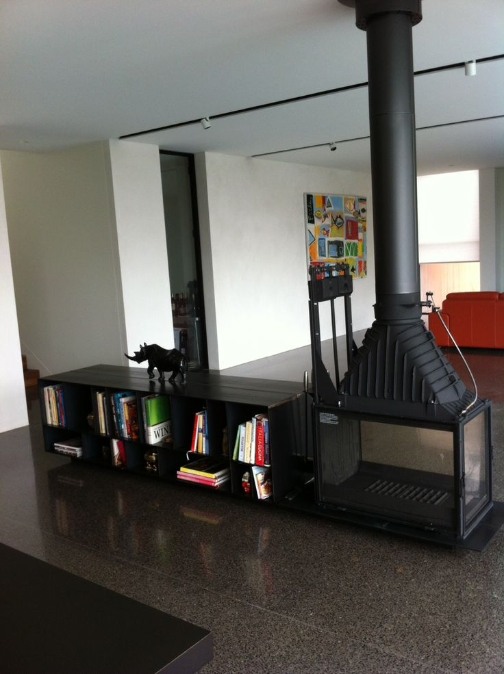 Happy Customer sent this one in. Radiante 846 3V Pic 1 show book case
