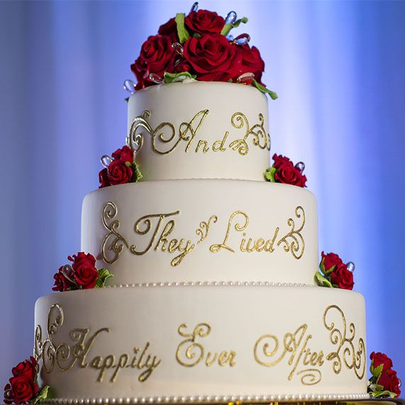 This Walt Disney World wedding cake promises a very sweet happily ever after