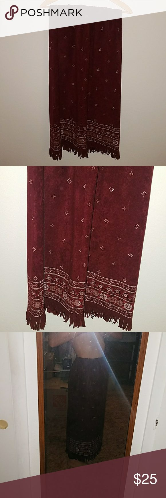 Hippie Gypsy Boho Gypsy Sisters Velvet skirt Bono Gypsy Sisters native American Inspired crushed velvet skirt, has a stretchy elastic waist band and can fit just about any size up to XL Boho Gypsy Sisters Skirts Maxi