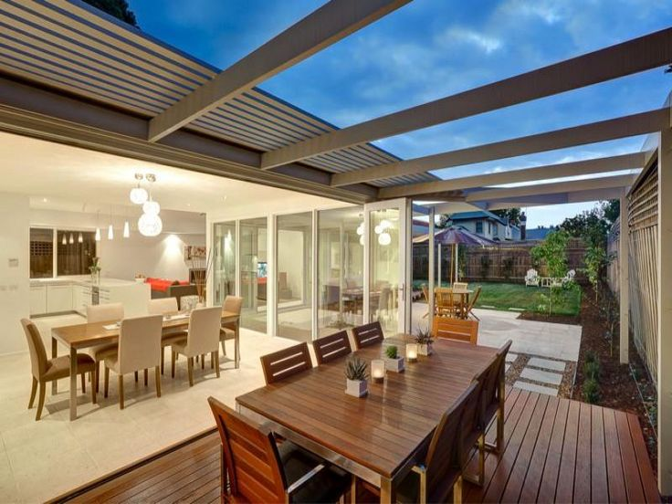Outdoor living design with outdoor dining from a real Australian home - Outdoor Living photo 1014889