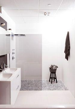 Mooie badkamer en inloopdouche