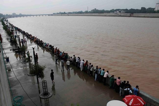 Sabarmati riverfront development under Modi   MODI TO WIN  http://modiwins.com