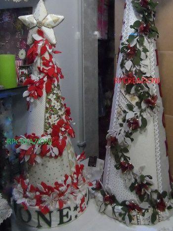 Alberi natalizi di 55 e 75 cm con illuminazione decorati in patchwork e feltro www.rp-creazioni.it