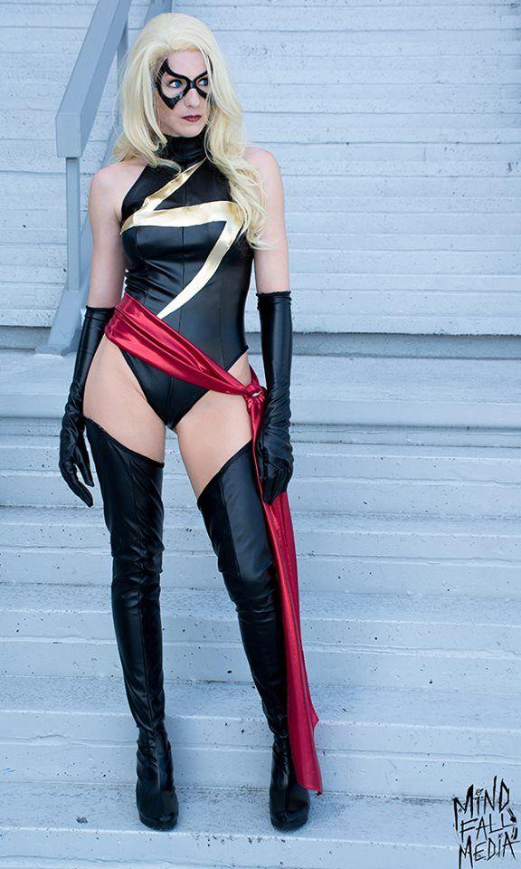 Amazon Mandy - Ms. Marvel Cosplay