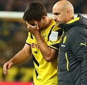 Borussia Dortmund harus membayar mahal kemenangan atas Borussia Moenchengladbach karena salah satu pemainnya yakni Sokratis Papastathopoulos mengalami cedera. Pasaran Bola Terbaru – Bandarbola.org
