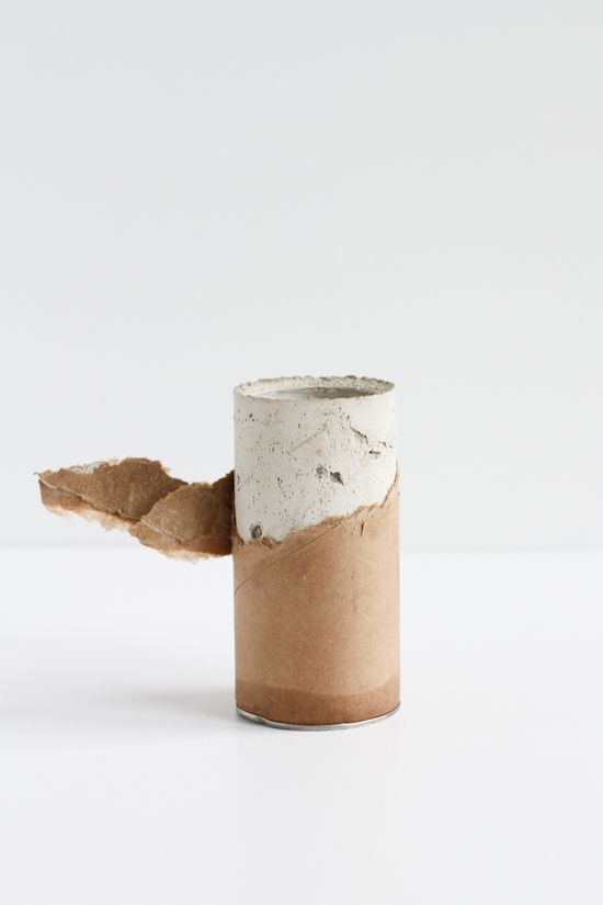 How to Make a Concrete Vase with a Mailing Tube