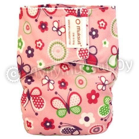 #pocketdiaper is slim, well fitted and very easy to use. Isn't it cute? #shoponline #myllymuksut #clothdiaper #clothnappy #reusablenappies #ecofriendly #tygblöjor #stoffwindeln #kestovaippa #taskuvaippa