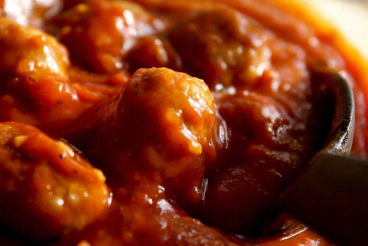 Salsa de tomate al estilo italiano. ¡Para mojar pan y no parar! | Cocinar en casa es facilisimo.com
