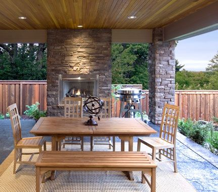 Outdoor Living Hudson Bay Country Ledgestone Cultured
