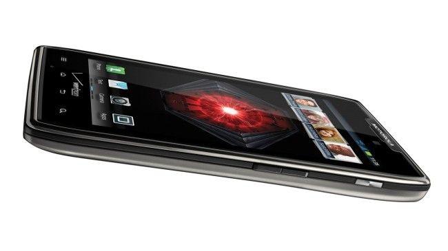 Google promete teléfonos Motorola con gran batería y resistentes a caídas y golpes  http://www.xataka.com/p/105045