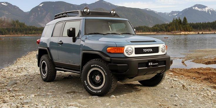 2017 Toyota FJ Cruiser Could Come Back To Production - https://carsintrend.com/2017-toyota-fj-cruiser/