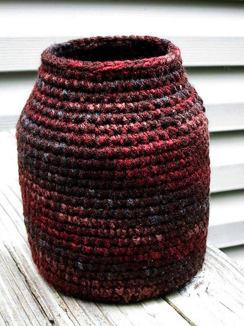 Earth Tone Crochet Vase: free pattern