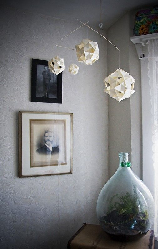 geometric mobile by stu hughes: Bottle Vases, Geometric Mobiles, Wallpapers Ideas, Decor Decor, Wall Decor Origami, Desktop Wallpapers, Geometric Shape, Geometric Wallpapers Bedrooms, Crafts