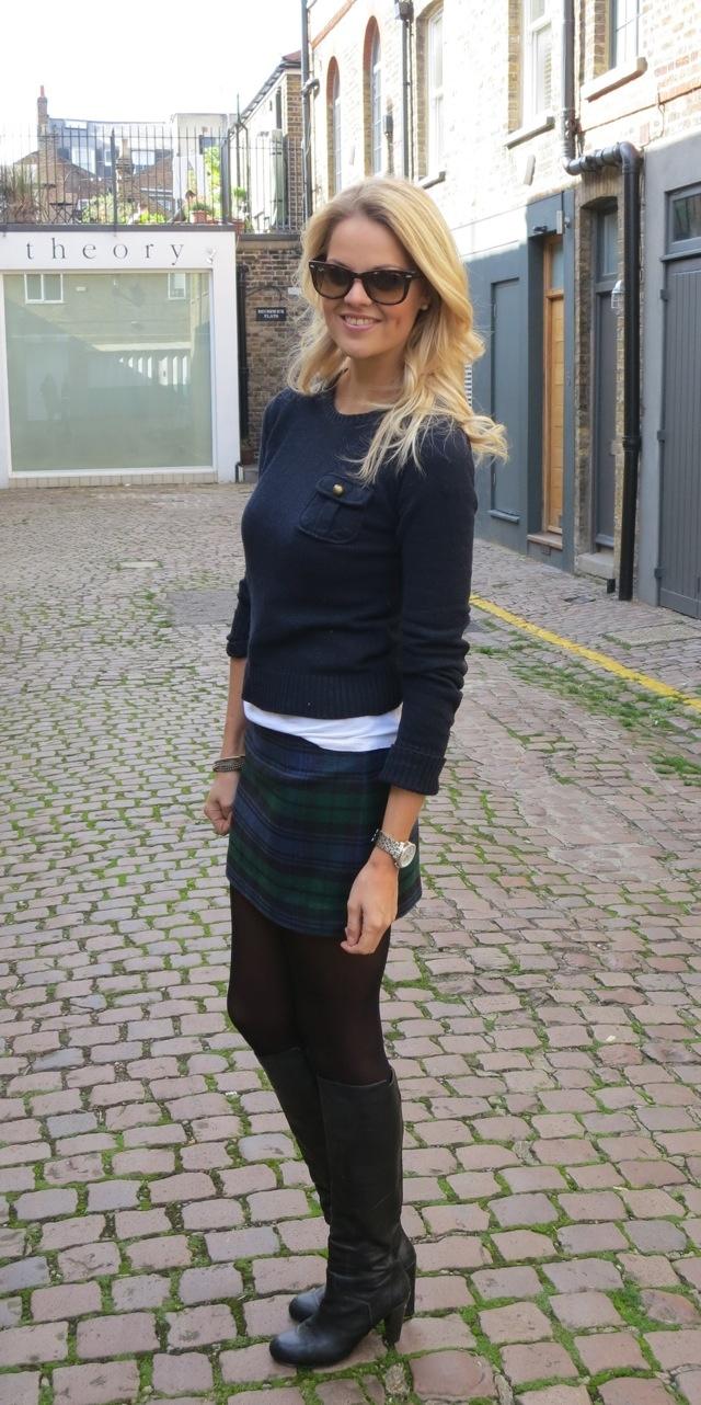 Tartan Mini Skirt Outfit & How to wear the tartan trend this autumn tips ~ Dutchess Roz