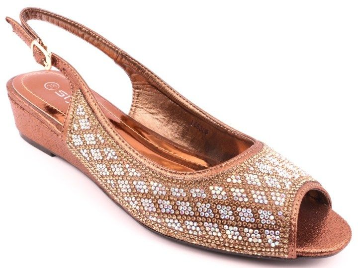 Latest stylo Bridal Shoes Collection