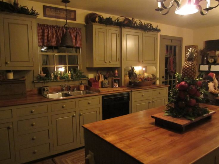 571 best primitive kitchens images on pinterest kitchens for Period kitchen cabinets