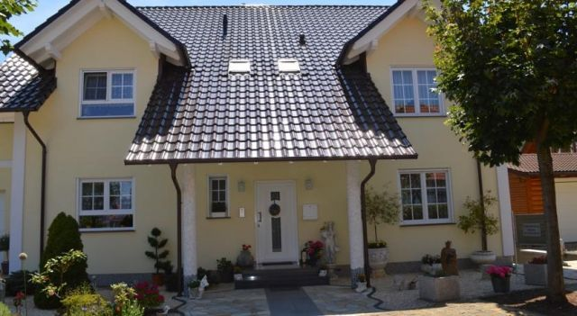 Apartment - Pension Marianna - 4 Star #Apartments - $65 - #Hotels #Germany #Rust http://www.justigo.co.za/hotels/germany/rust/gastehaus-weimer_200344.html