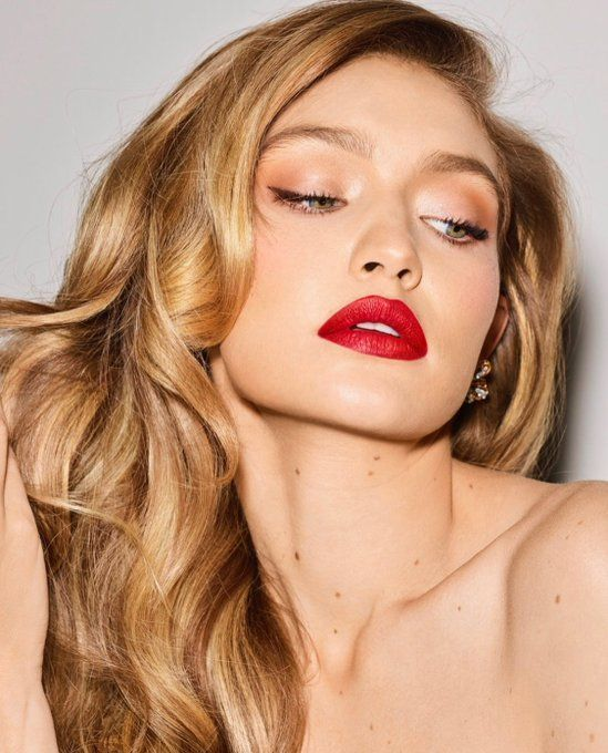 From blushes to lip tints, these makeup products give a unique finish (and are s…