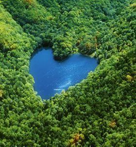 ハートの湖:カナさんの北海道歩き