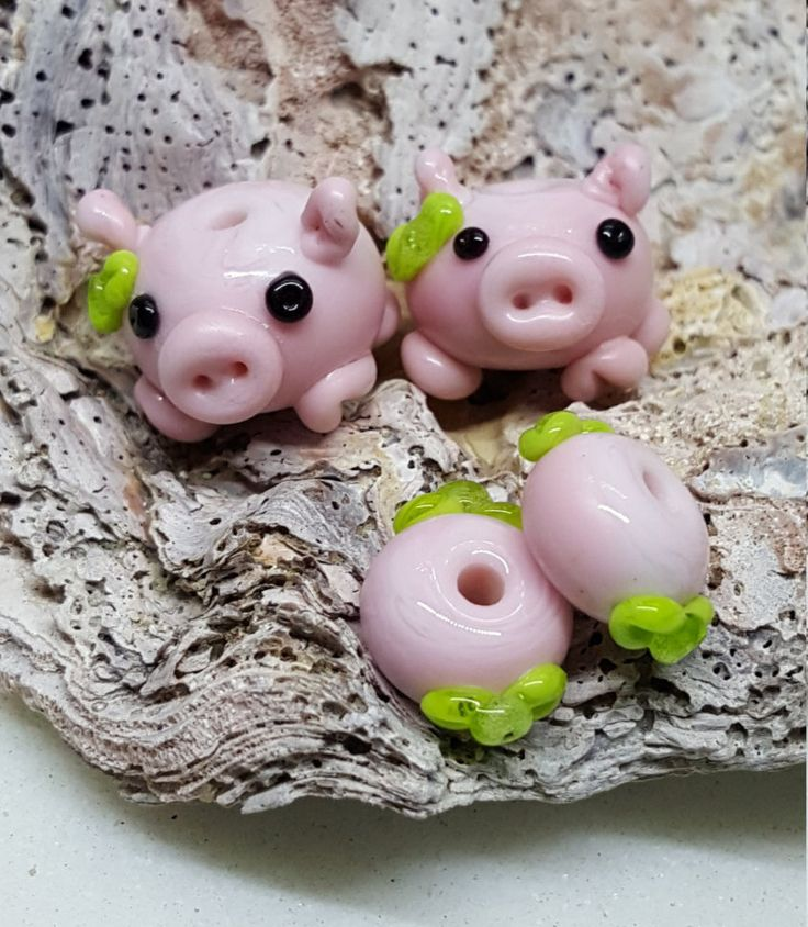 little pairs of pink piggies glass lampwork beads...pink pig beads(choose 3 sets) by BdazzledJewellery on Etsy