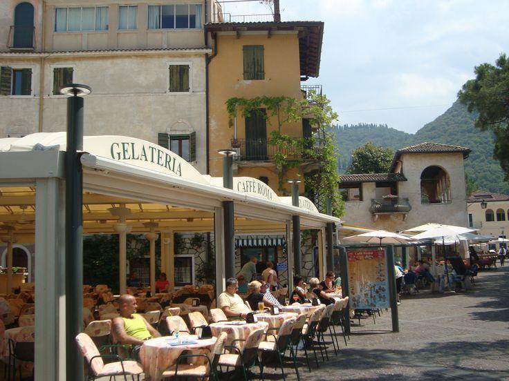Lake Garda... a gelateria... :-)