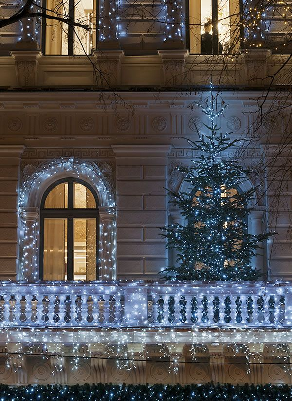 15 best christmas light installation tips images on pinterest christmas lights installation on christmas balcony decorations apartment patio id=28668