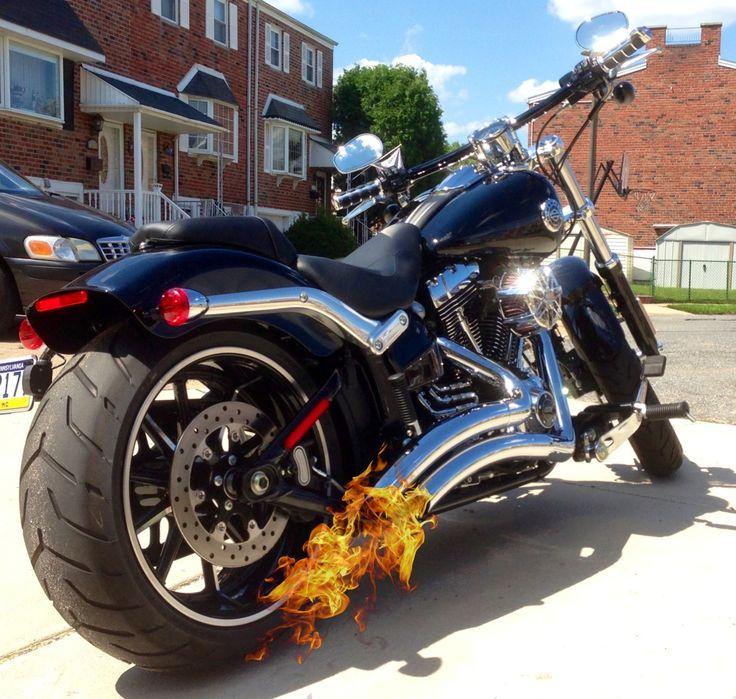 2013 Harley Davidson Breakout  Foot Control Extensions Samson 2 into 2 Big Radius Exhaust   Screaming Eagle Air filter Kuryakyn Hand Grips