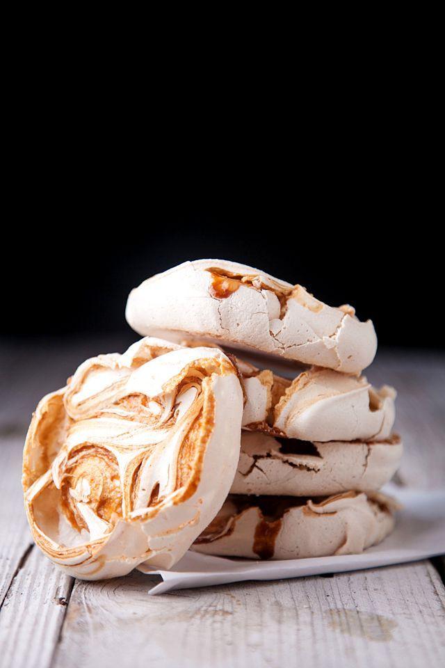 salted caramel pavlovas