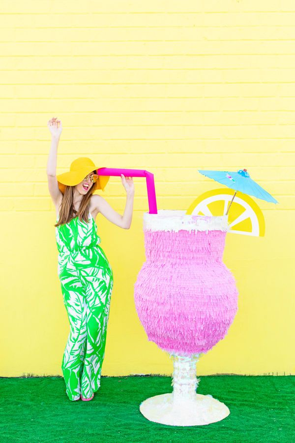 When you are all about the signature cocktails, no DIY piñata is more appropriate than this giant umbrella drink as a photo prop for a summer bridal shower or wedding.