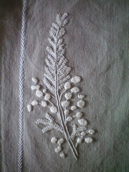 Flower by Hourlay | #embroidery #leaf #white