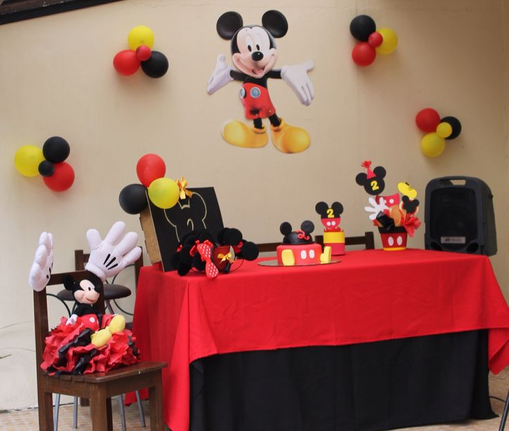 Mickey Mouse Decoraciones Para Fiestas ~ Mesas, Mickey mouse and Parties on Pinterest